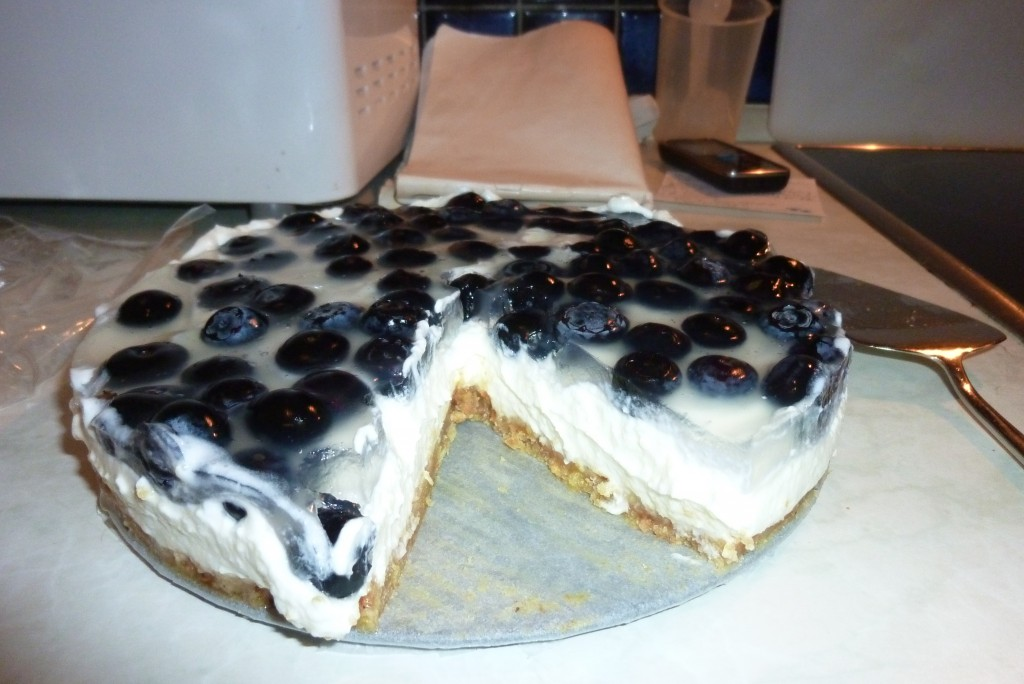 Blaubeer-Frischkäse-Torte