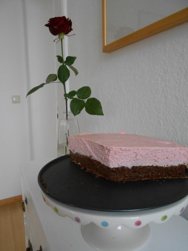 LCHF Erdbeer-Sahne-Torte